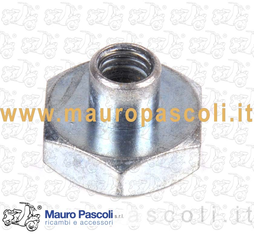 Wheel securing nut