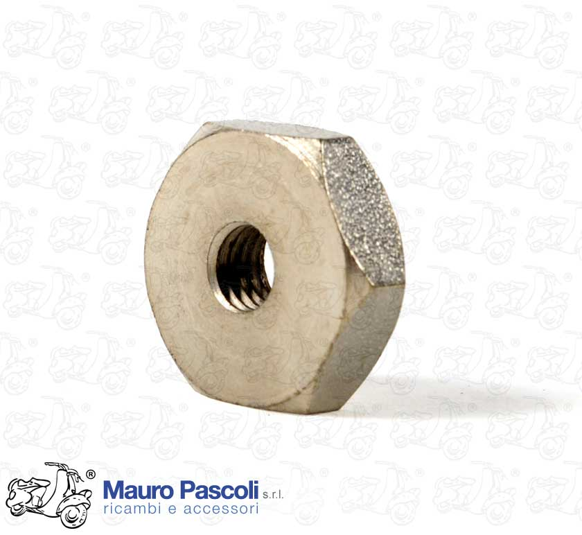 Nut MM. 8 x 22 - Zinced - for fastening the spare wheel