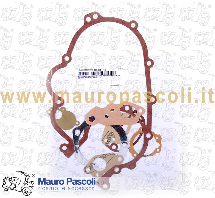 Set of gaskets for engine overhauling